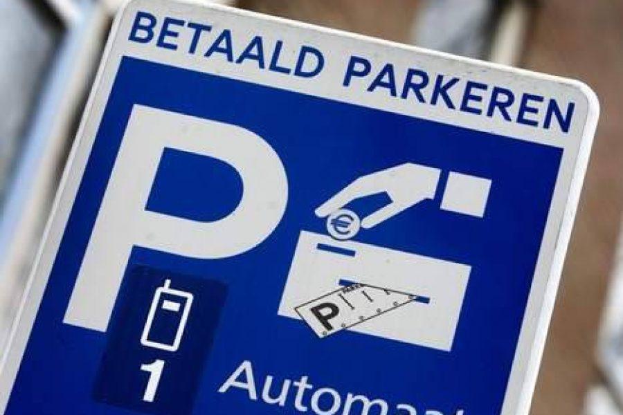 24-uursvragen VLP aan Wethouder Lok over parkeren met alleen PIN