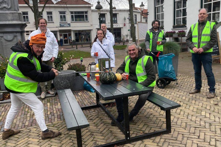 VLP ruimt zwerfafval in Wouw