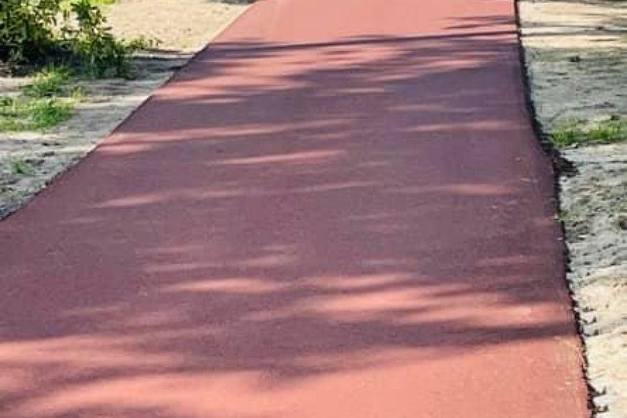 Als fractie zijn wij altijd kritisch op het onderhoud van het groen, de wegen en fietspaden.